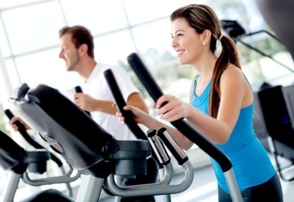 siłownia, sport, fitness, ćwiczenia na bieżni